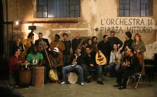l orchestra di piazza vittorio