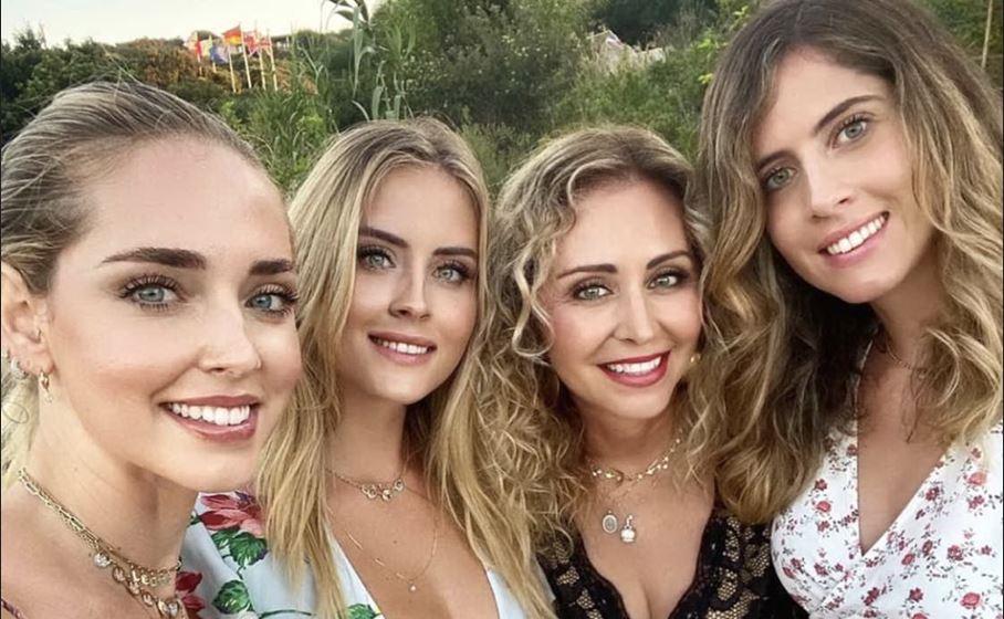 le vacanze sarde della famiglia ferragnez instagram